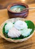 Tajlandzki jedzenie, ryżowi kluski z currym Fotografia Royalty Free