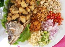 Tajlandzki jedzenie smażąca ryba Zdjęcia Stock