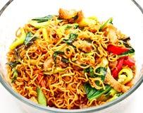 Tajlandzki jedzenie, z wieprzowiną korzenny smażący kluski (1) Obraz Royalty Free