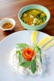Tajlandzki kluski z warzywem i currym obrazy royalty free