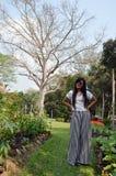 Tajlandzki kobieta portret w ogródzie przy Saraburi Tajlandia Zdjęcia Royalty Free
