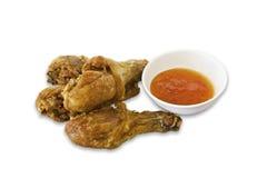 Tajlandzki pieczony kurczak na białym tle. Zdjęcia Stock