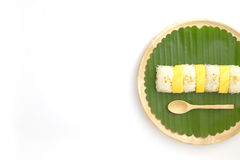 Tajlandzki Słodki Mangowy Kleisty Rice z Kokosowym mlekiem, Biały tło Fotografia Royalty Free