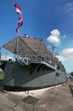 Tajlandzki stary okręt wojenny osiedla na ziemi jako muzeum obraz royalty free