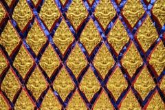 Tajlandzki sztuka wzór na świątynnym drzwi fotografia stock