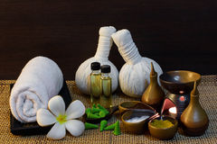 Tajlandzki zdroju masażu położenie na blasku świecy Zdjęcia Stock
