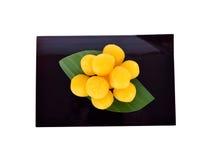 Tajlandzkiego deserowego paska fudge jajeczne jarzmowe piłki gotować w syropie dalej Zdjęcia Royalty Free