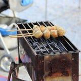 Tajlandzkiego stylowego grilla mięsna piłka Fotografia Royalty Free