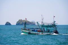 Tajlandzkiej łodzi rybackiej Otwarty ocean Fotografia Royalty Free