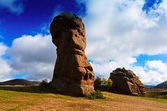 在女低音Tajo的岩石在秋天 瓜达拉哈拉 免版税库存图片