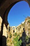 Tajo de Ronda, ny bro, Malaga landskap, Andalusia, Spanien Fotografering för Bildbyråer