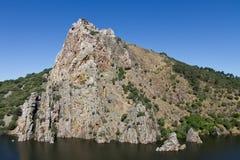 Tajo flod i Monfrague, Spanien Arkivbilder