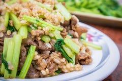 Tajwańscy tradycyjni wyśmienicie smażący ryż z jajkiem i barankiem zdjęcie stock