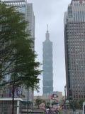 Tajwański Taipei 101 wierza z Bookfairs sztandarem obraz stock