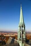 Taköverkant av St. Vitus Cathedral Royaltyfri Foto