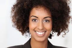 tak, afroamerykanin głębokości pola portret płycizny piękna kobieta obraz royalty free