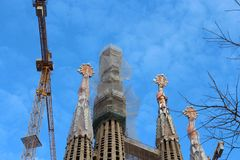 Tak av berömda Sagrada Familia i Barcelona, Spanien Royaltyfri Bild