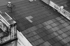 Tak av byggnad i Bangkok arkivbilder