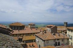 Tak av Cortona, Italien Arkivbild