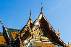 Tak av den asiatiska templet Fotografering för Bildbyråer