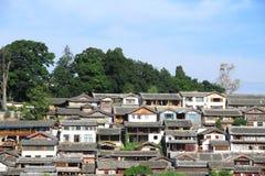 Tak av den gammala townen för lijiang, yunnan, porslin royaltyfri foto
