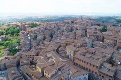 Tak av den medeltida staden i Europa Arkivfoto