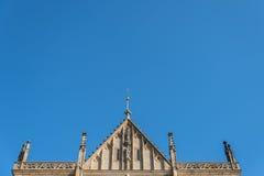 Tak av den StBarbara kyrkan i Kutna Hora royaltyfri fotografi
