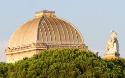 Tak av den stora synagogan av Rome Royaltyfri Foto