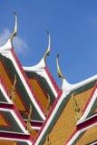 Tak av den storslagna slotten i Bangkok Royaltyfri Bild
