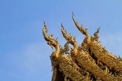 Tak av den thailändska kyrkan Fotografering för Bildbyråer