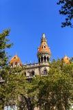 Tak av det klassiska Barcelona hotellet royaltyfri fotografi