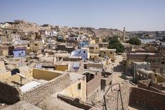 Tak av en Nubian by i Aswan arkivfoto