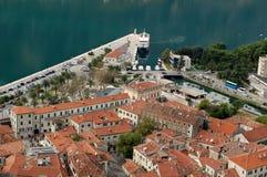 Tak av Kotor den gamla staden Fotografering för Bildbyråer