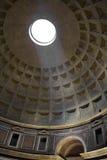 Tak av panteon i Rome Arkivbild