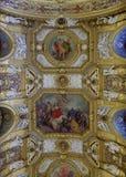 Tak av Salle des-konferenser i den Luxembourg slotten, Paris, Frankrike royaltyfria bilder