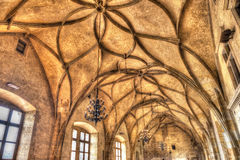 Tak av Vladislav Hall i den gamla Royal Palace, Prague, C Arkivbild