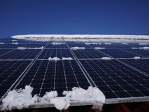 Tak för sol- celler Arkivfoto