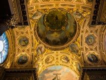 Tak i kapell i Duomodomkyrka i Bergamo fotografering för bildbyråer