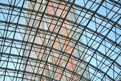 Tak konstruktion, stål, metall, skyskrapor arkivfoto