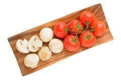 Tak van rijpe tomaten Royalty-vrije Stock Afbeeldingen