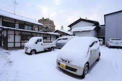 TAKAYAMA JAPAN - JANUARI 19: Takayama i snön en stad som Arkivfoto