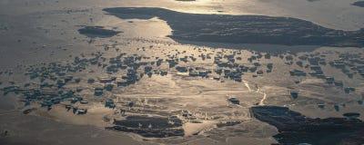 18Take une vue aérienne de la glace et du lever de soleil au-dessus du détroit de Béring ‰ de ¼ du ¼ ˆ1ï d'ï photos libres de droits