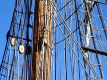 Takelung und Mast von tallship Stockfoto
