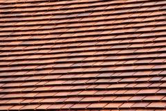 taket överlappar trä Arkivfoto