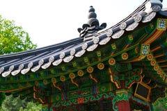 Taket och delen av gazeboen Arkivbilder