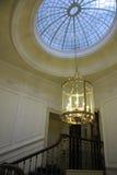 Takfönster och ljuskrona Royaltyfri Foto
