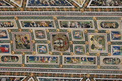 Takfrescoes i bibliotecaen Piccolomini av Siena Cathedral Duomo Siena, Tuscany, Italien arkivfoto