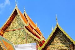 Takgarnering på Wat Phra That Doi Suthep, Chiang Mai, Thailand royaltyfri foto