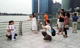 Taking photo with Marina Bay Sands and cityscape Royalty Free Stock Images