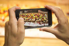 Taking a picture of the dessert Royalty Free Stock Photography